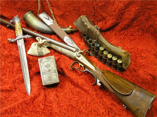 На экспозиции представлено около 130 образцов охотничьего оружия российского и зарубежного...
